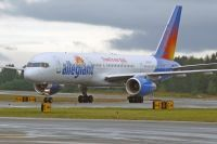 Photo: Allegiant Air, Boeing 757-200, N906NV