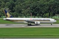 Photo: Singapore Airlines, Boeing 777-200, 9V-SRK