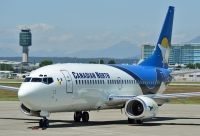 Photo: Canadian North, Boeing 737-300, C-GICN