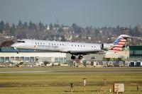 Photo: American Eagle, Canadair CRJ Regional Jet, N946LR