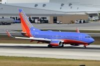 Photo: Southwest Airlines, Boeing 737-700, N472WN