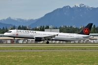 Photo: Air Canada, Airbus A321, C-FLKX