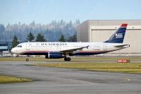 Photo: US Airways, Airbus A320, N678AW