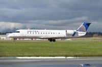 Photo: United Express, Canadair CRJ Regional Jet, N939SW