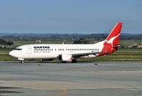 Photo: Qantas, Boeing 737-400, VH-TJE