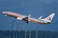Photo: American Airlines, Boeing 737-800, N924AN