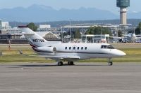 Photo: NetJets, Raytheon Hawker 900XP, N877QS