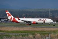 Photo: Air Canada Rouge, Boeing 767-300, C-FMWQ