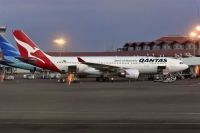 Photo: Qantas, Airbus A330-200, VH-EBN