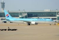 Photo: Korean Air, Boeing 737-900, HL7727