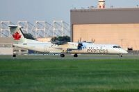Photo: Air Canada Express, De Havilland Canada DHC-8 Dash8 Series 400, C-GGNY
