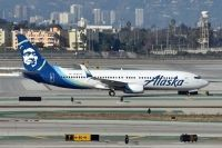 Photo: Alaska Airlines, Boeing 737-800, N585AS