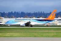 Photo: Sunwing Vacations, Boeing 737-800, C-FEZF