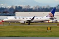Photo: United Express, Embraer EMB-175, N134SY