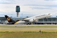 Photo: United Parcel Service - UPS, Boeing 757-200, N418UP