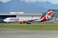 Photo: Air Canada Rouge, Boeing 767-300, C-GHPE