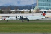 Photo: Air Canada Express, De Havilland Canada DHC-8 Dash8 Series 400, C-GGMQ