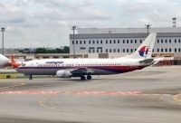 Photo: Malaysia Airlines, Boeing 737-400, 9M-MQG