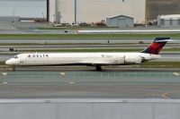 Photo: Delta Air Lines, McDonnell Douglas MD-90, N906DA