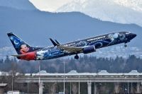 Photo: WestJet, Boeing 737-800, C-GWSZ