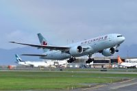 Photo: Air Canada, Boeing 777-200, C-FIUF