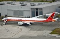 Photo: TAAG Angola Airlines, Boeing 777-300, D2-TEK