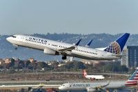 Photo: United Airlines, Boeing 737-800, N76503