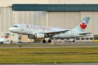 Photo: Air Canada, Airbus A319, C-GAQZ