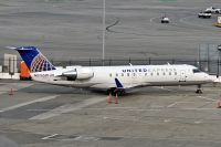 Photo: United Express, Canadair CRJ Regional Jet, N976SW