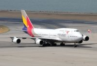Photo: Asiana Airlines, Boeing 747-400, HL7423