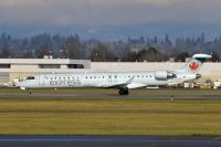 Photo: Air Canada Express, Canadair CRJ Regional Jet, C-GJAZ