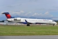 Photo: Delta Connection, Canadair CRJ Regional Jet, N630SK