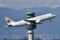 Photo: Air Canada, Airbus A320, C-FDRP