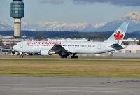 Photo: Air Canada, Boeing 767-300, C-GHLQ