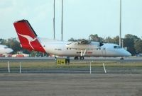 Photo: QantasLink, De Havilland Canada DHC-8 Dash8 Series 200, VH-SDE