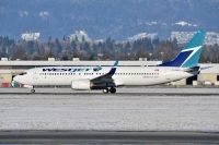 Photo: WestJet, Boeing 737-800, C-GNDG