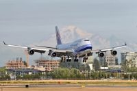 Photo: China Airlines, Boeing 747-400, B-18208