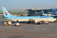 Photo: Korean Air, Boeing 737-900, HL7719
