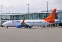Photo: Sunwing Vacations, Boeing 737-800, C-FEAK