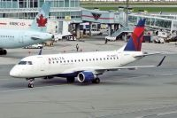 Photo: Delta Connection, Embraer EMB-175, N629CZ