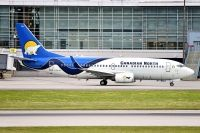 Photo: Canadian North, Boeing 737-300, C_GICN