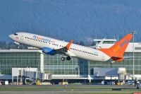 Photo: Sunwing Vacations, Boeing 737-800, C-GNCH
