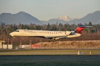 Photo: Delta Connection, Canadair CRJ Regional Jet, N641CA