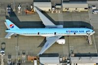 Photo: Korean Air, Boeing 777-300, HL8007