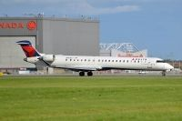 Photo: Delta Connection, Canadair CRJ Regional Jet, N908XJ