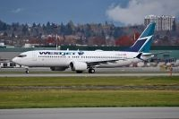 Photo: WestJet, Boeing 737-8 MAX, C-GXAX