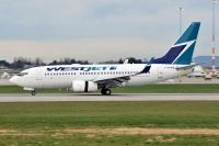 Photo: WestJet, Boeing 737-700, C-GRWS