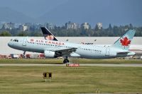 Photo: Air Canada, Airbus A320, C-FTJQ