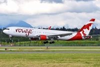 Photo: Air Canada Rouge, Boeing 767-300, C-FMLZ
