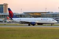 Photo: Delta Air Lines, Boeing 737-800, N3743H